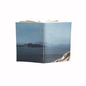 une couverture comme une invitation au voyage