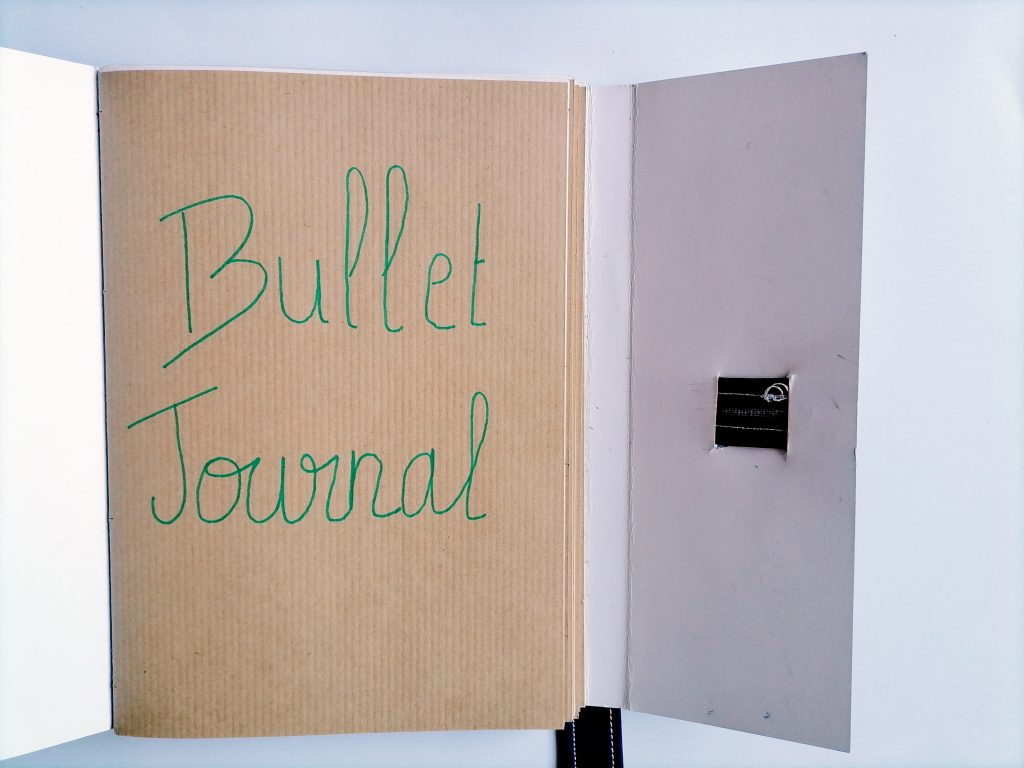 un bullet journal sans ligne ni point